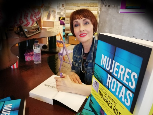 """""""Mujeres rotas"""". Presentación en La Peluqueduca (Huesca)"""