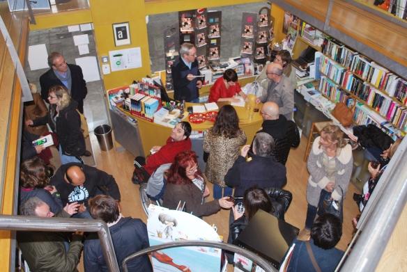 Las niñas cojas. Presentación en Huesca (Librería Anónima)